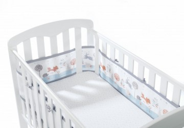 Breathable Baby netting sprinkelbeskytter 4 sider. Mønster: Enchanted Forest